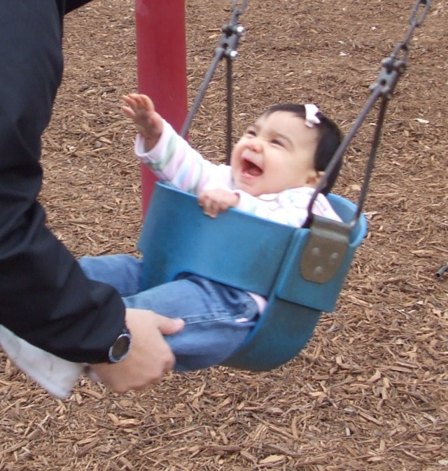 hannah-on-swings1
